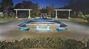 Swimming pool with fountain arbors in La Canada