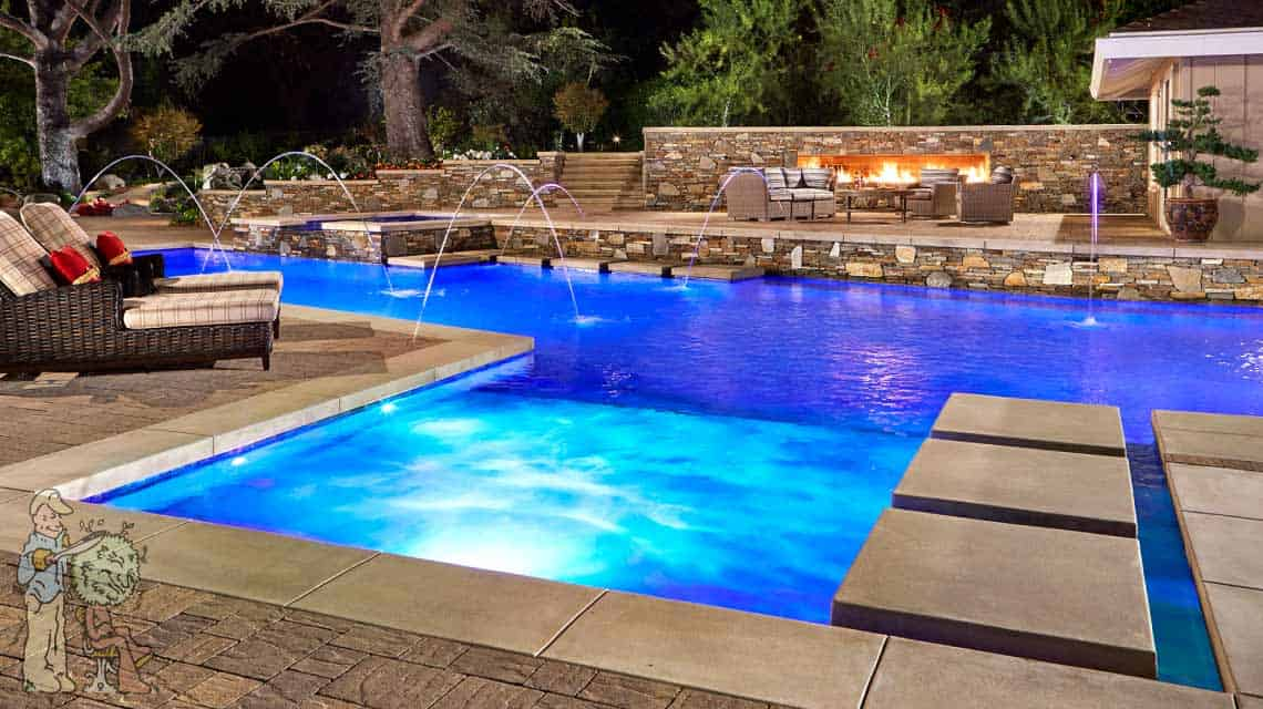 Baja Shelf pool in La Canada Flintridge with firewall and seating area in background