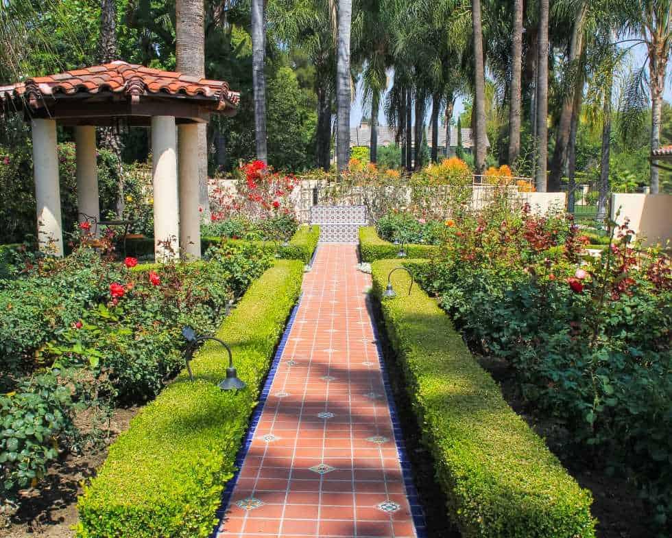 President's Award Winner - Best Landscape Maintenance